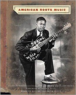 VISIT AMAZON`S ROBERT SANTELLI PAGE - American Roots Music - Livre